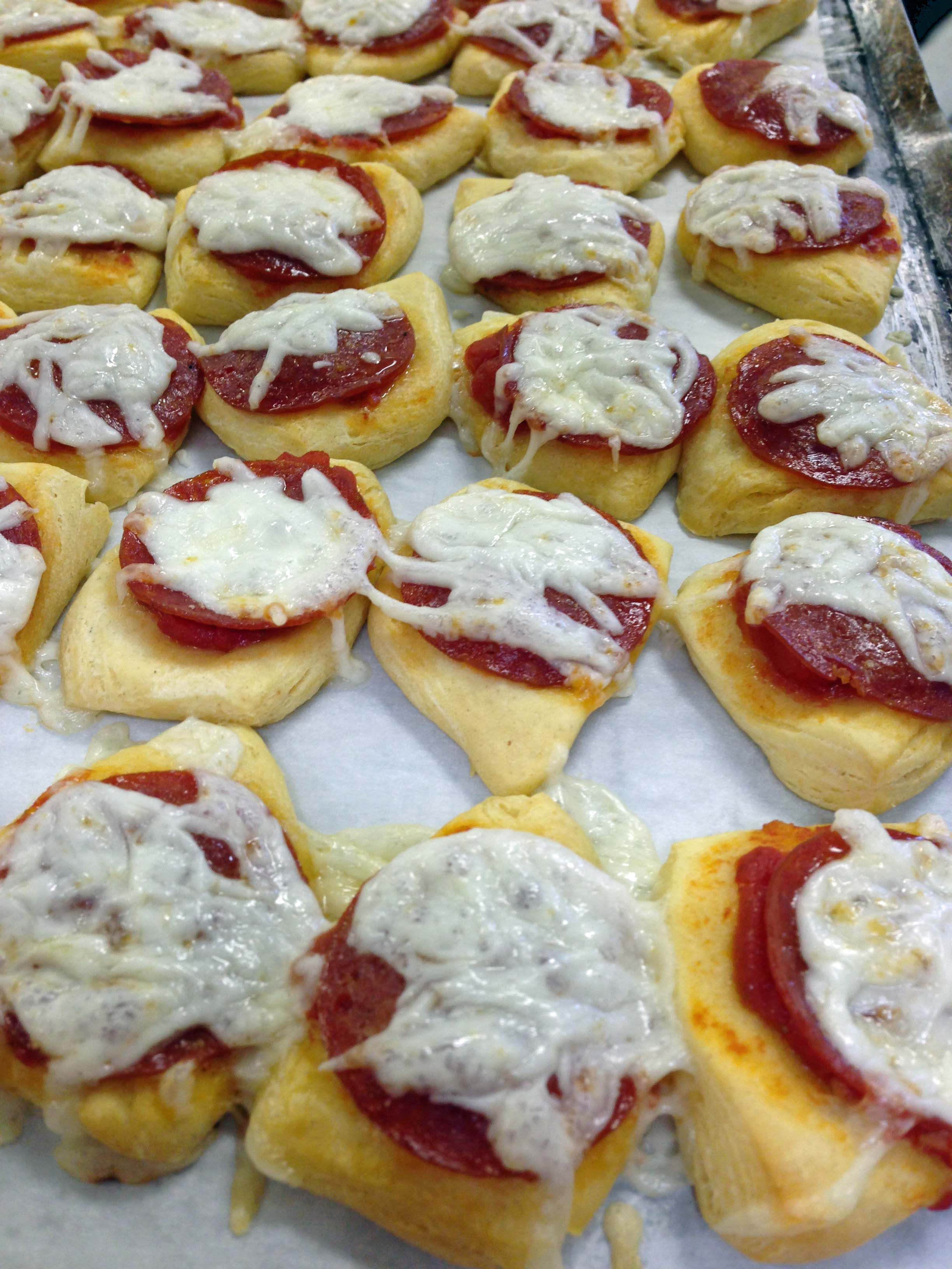 Pepperoni Pizza Appetizers | The Teacher Cooks